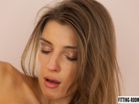 Melena Maria | A Glass Dildo In My Butt