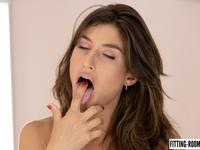Julia Roca | Booty Julia Fucks Her Tight Asshole