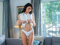 Sasha Meow | Elegant French Babe
