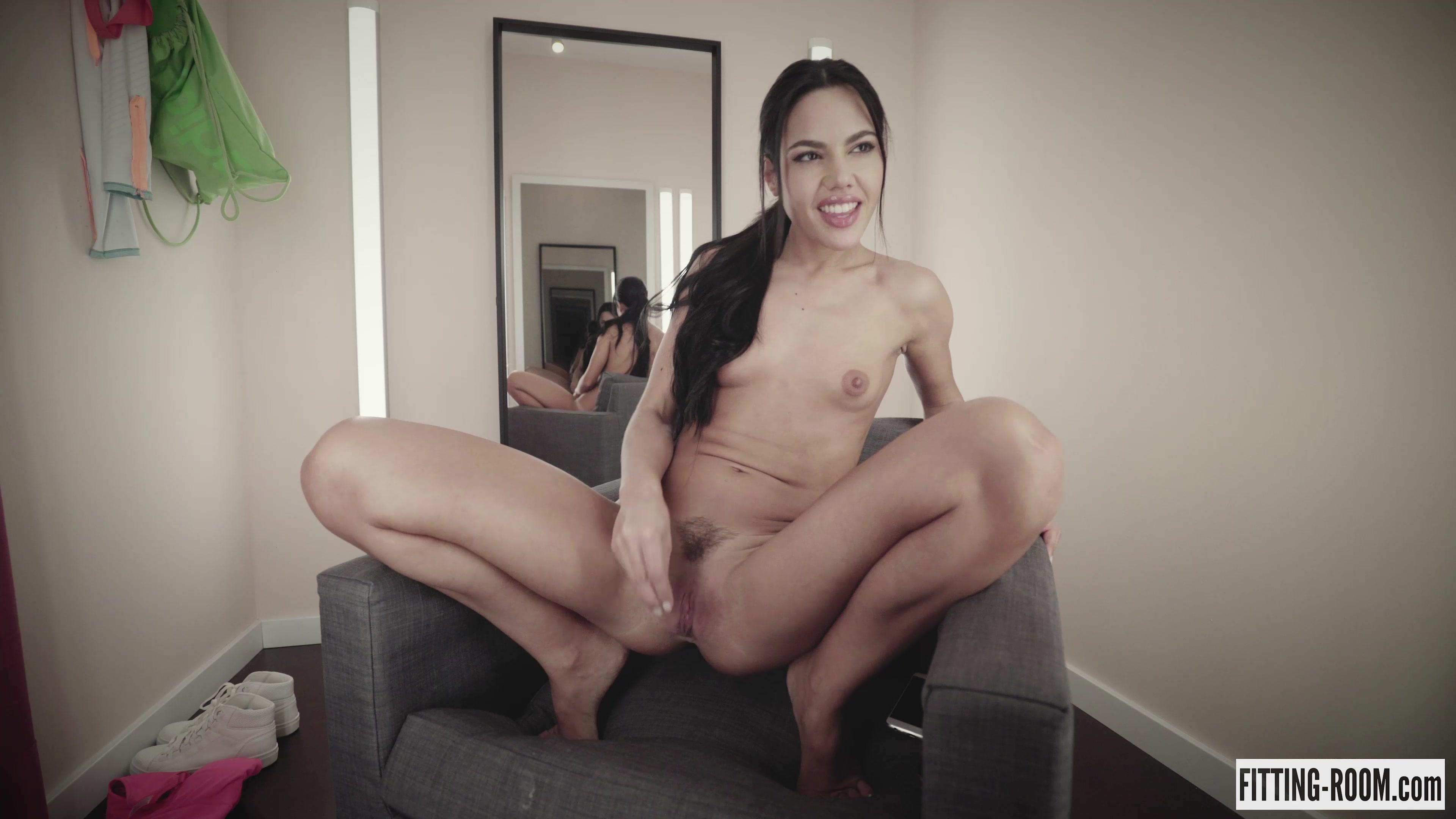 Apolonia Lapiedra   Spanish Slut Squirts For You